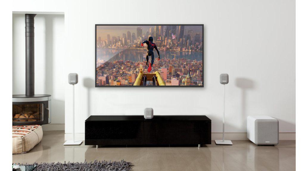 Monitor Audio MASS 2G im Wohnzimmer
