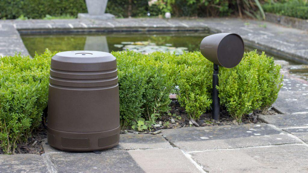 Monitor Audio Climate Garden-Lautsprecher im Garten