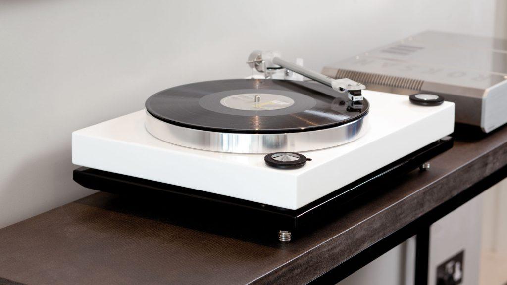 Roksan Xerxes 20 Plus mit Schallplatte