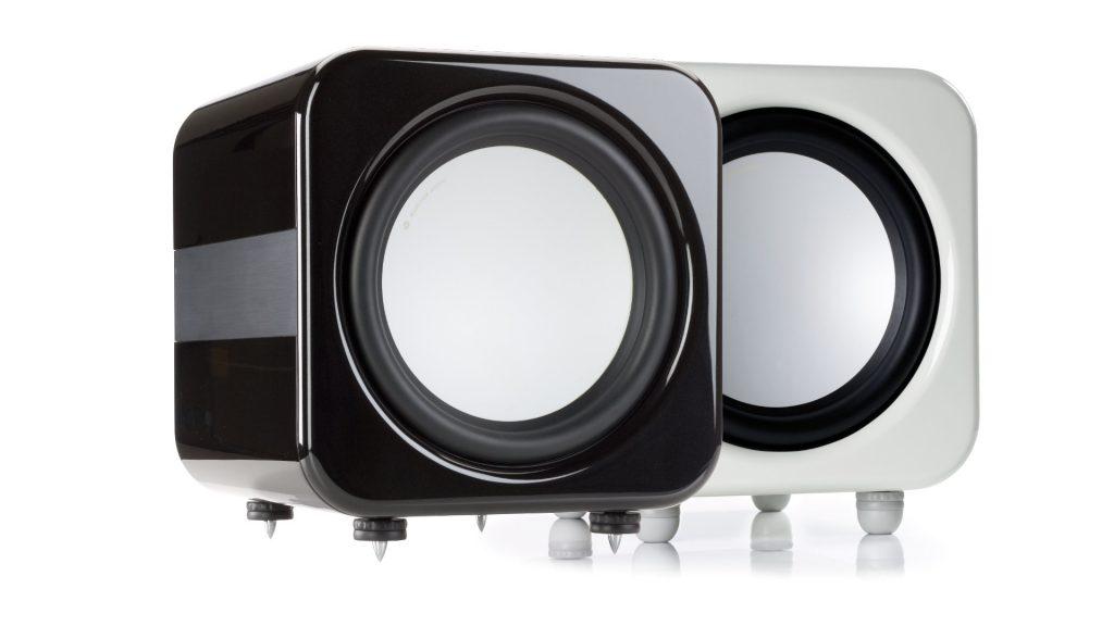 Monitor Audio Apex AW-12 in Metallic-Schwarz und Metallic-Perlweiß ohne Abdeckung