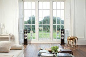 Monitor Audo Gold 300 im Wohnzimmer