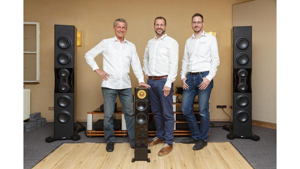 Frank Pannes, Marcel Pannes und Jens Ragenow von Monitor Audio bearbeitet