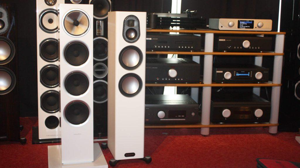 B&W 702 S2 gegen die Monitor Audio Gold 200 im Hörvergleich bei Musikus HiFi in Hannover