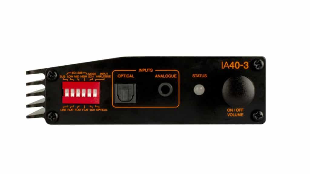 Monitor Audio IA40-3 Anschlussfeld