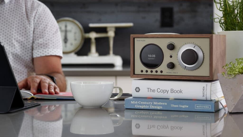 Tivoli Audio Model One+ in der Küche