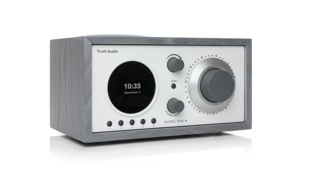 Tivoli Audio Model One+ links in Grau-Weiß